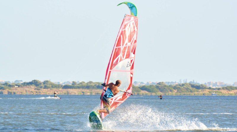 windsurf maniacs school stagnone 8