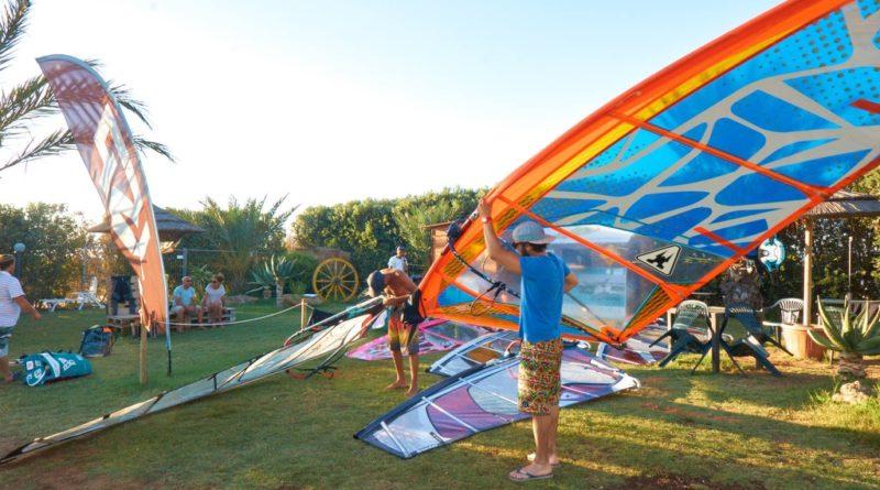 windsurf maniacs school stagnone