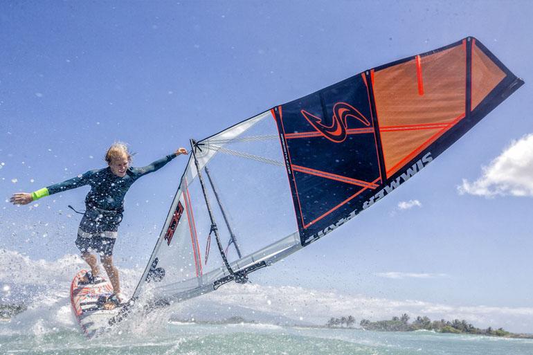 Simmer novit freestyle whip wind news magazine - Tavola windsurf slalom usata ...